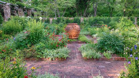 beautiful garden paths  inspire   outdoor