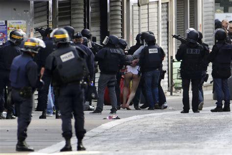 imagenes impactantes atentado paris estas son las 30 fotos m 225 s impactantes del 2015