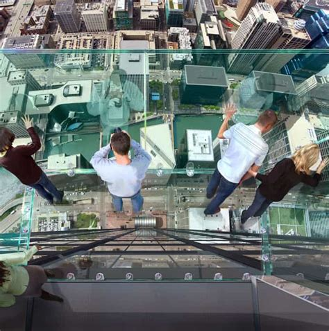 Glass Floor Building Chicago by Transparent Balcony On 103 Floor Skyscraper The Sears