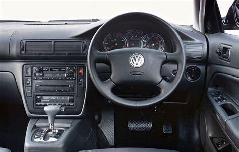 Volkswagen Passat 2000 Interior by Volkswagen Passat Estate Review 2000 2005 Parkers