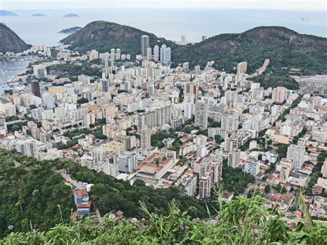 Which Generally Describes Granite - corcovado de janeiro brazil travel photos by galen