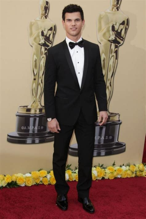 Play Our Oscars Fashion Faceoff by Academy Awards Fashion Lautner Vs Zac