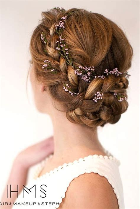 Hair Accessories For Wedding Updos by Best 25 Braided Updo Ideas On