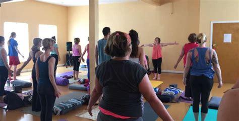yolanda 21 day challenge day yoga studio