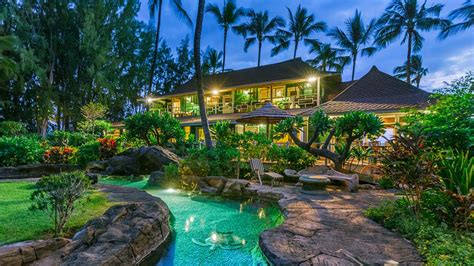 mansion house for sale neil young s hawaiian haven is for sale peek inside