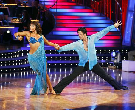 Dwts Harriss Maternity Style Secrets by New With The U S Tv Series
