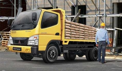 Ban Mobil Colt Diesel mitsubishi truck colt diesel fe 73 hd 087771399644