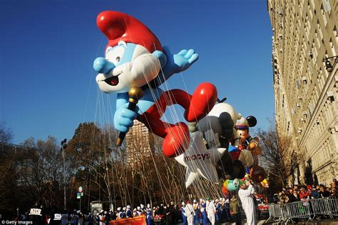 new year day parade nyc a history of macy s thanksgiving parade from the 1930s to