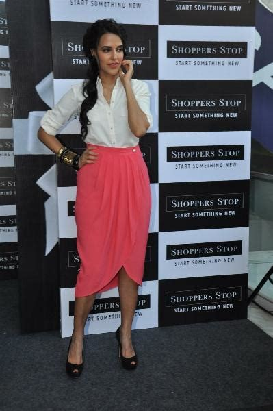 Shopper Stop Gift Card - neha dhupia at shoppers stop gift card launch neha dhupia launch of the shoppers