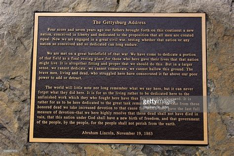 lincoln and gettysburg address lincolns gettysburg address memorialized on a bronze