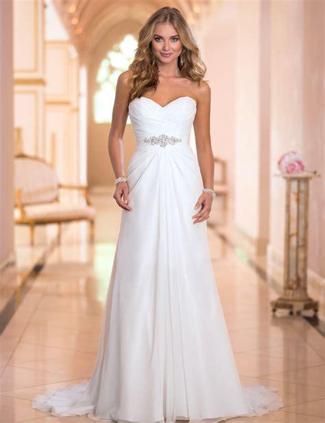 long lace   wedding dress  vintage simple pleat