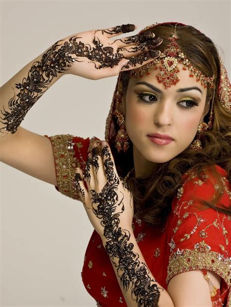 henna tattoo indian bride 10 most beautiful indian indian makeup 2015