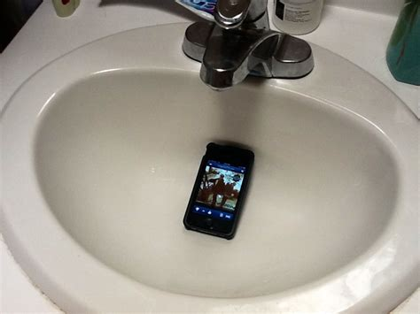 bathroom music 14 bathroom hacks that will change your life