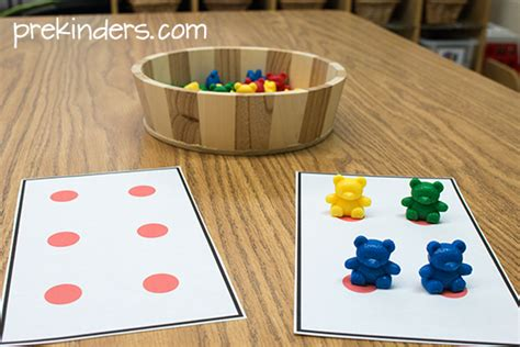 math counter with dot cards for counting prekinders