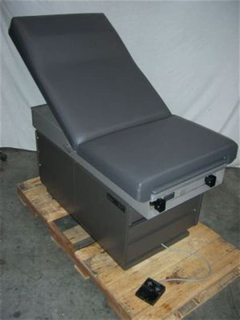 used ritter 107 exam table for sale dotmed listing 413949
