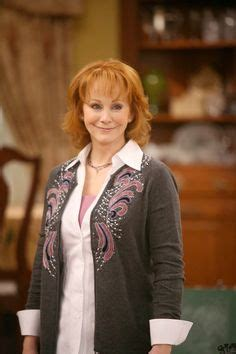 how does reba mcentire stay in shape picture of reba mcentire reba 1 s hair styles cuts