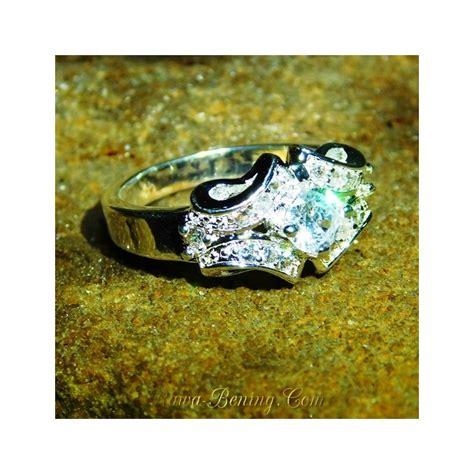 Cincin Cincin Berlian Imitasi Silver 3 Batu 1 5 Karat Lapis Emas P jual cincin lapis perak harga murah model exclusive ring 7 5us