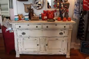 Repurposed Kitchen Island Ideas vintage store chalk paint furniture painting classes