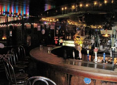 dive bar definition the anatomy of a dive bar huffpost