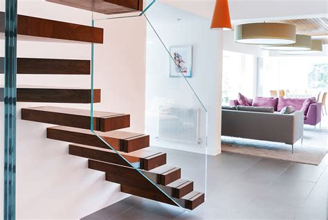 Cantilevered Staircases   Homebuilding & Renovating