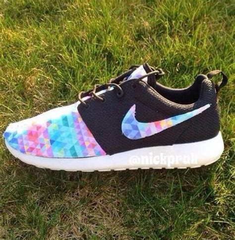 colorful nike running shoes shoes nike running nike roshe run colorful