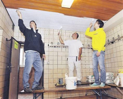 wandvertäfelung holz weiß ruptos wohnzimmer wei braun schwarz