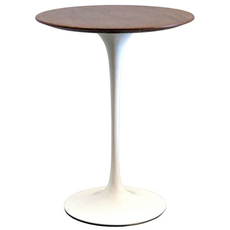 eero saarinen for knoll 1950s walnut tulip table at 1stdibs