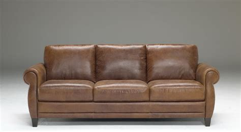 traditional leather sofas natuzzi editions traditional leather sofa b690