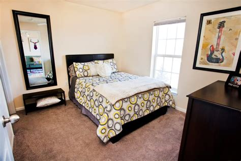 boone nc student apartments  rent  village  meadowview