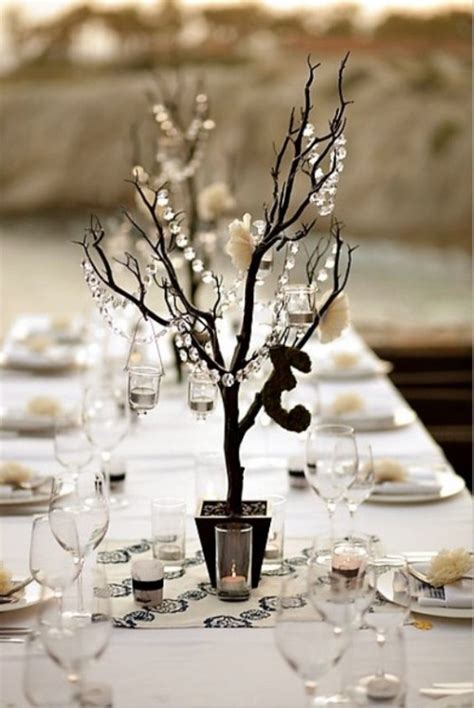 Twigs Chandelier Winter Wedding Table D 233 Cor Ideas Wedding Colours