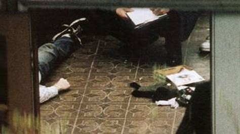 kurt cobain death biography 14 shocking post mortem pictures of famous celebrities