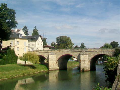 File:L'Isle Adam (95), pont du Cabouillet Wikimedia Commons