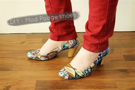 diy mod podge shoes diy an easy way to mod podge your shoes with fabric by