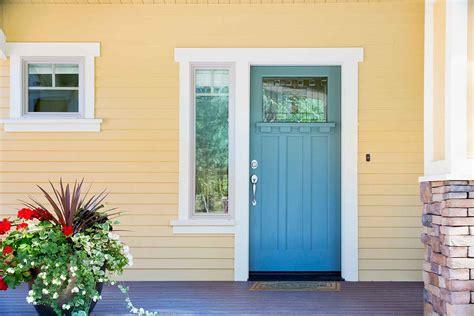 choose  front door colour  homes  gardens