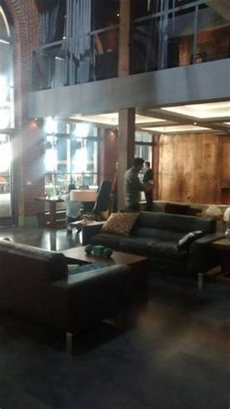 wohnung harvey specter harvey specter s apartment suits does it get any better