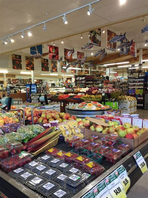 lincoln city grocery stores kenny s iga 14 reviews grocery 2429 nw hwy 101