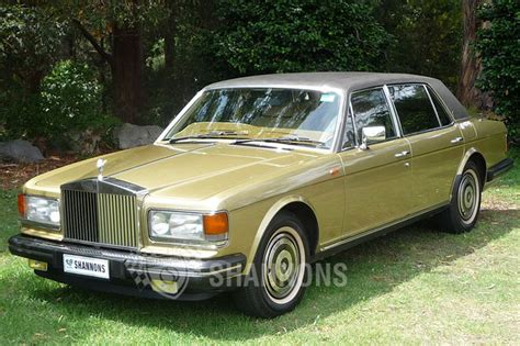 rolls royce silver spur sold rolls royce silver spur saloon auctions lot 10