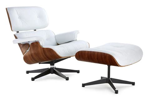 Eames Lounge Chair Replica, White with a Black Base