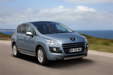 peugeot 3008 price photos peugeot 3008 hybrid4 price photo 1