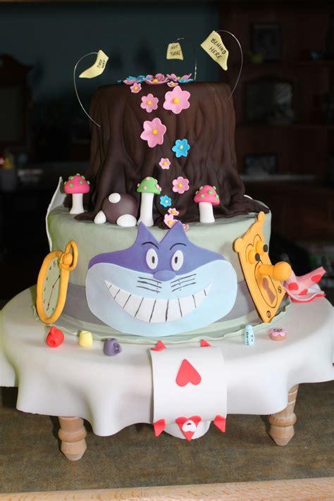 alice in wonderland l alice in wonderland mad hatter cake cakecentral com