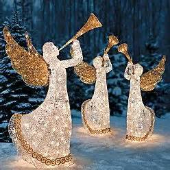 Wicker Reindeer Christmas Decorations Outdoor Holiday Lighted Christmas Reindeer Art On Popscreen