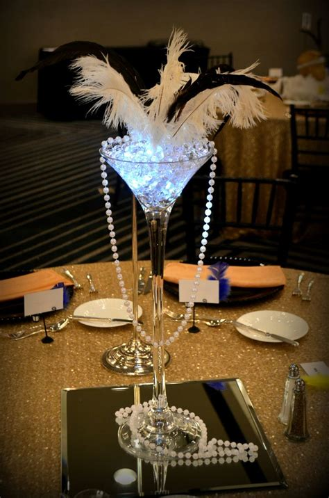 ideas for decorating for great gatispy prom great gatsby centerpiece http www idealpartydecorators