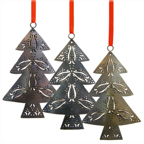 metal ornaments home decor recycled metal christmas trees from india fair trade