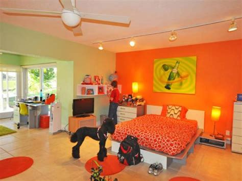 pink and green walls in a bedroom ideas orange bedroom ideas orange and green bedroom wall ideas