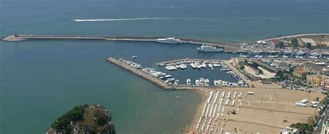 il porto renzi a ventotene di tommaso a terracina il porto d