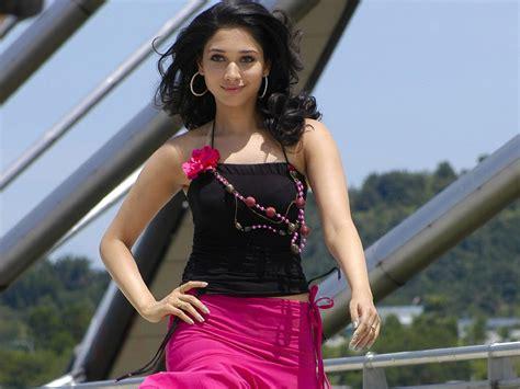 tamanna heroine ka photo chahiye slicypics indian actress tamanna bhatia photos