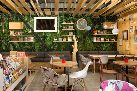 9 190 bookstore caf 233 by plasma nodo at plaza pakita medell 237 n colombia 187 retail design