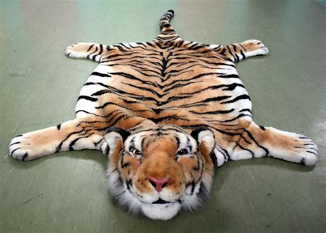 tiger rug with tiger rug with roselawnlutheran