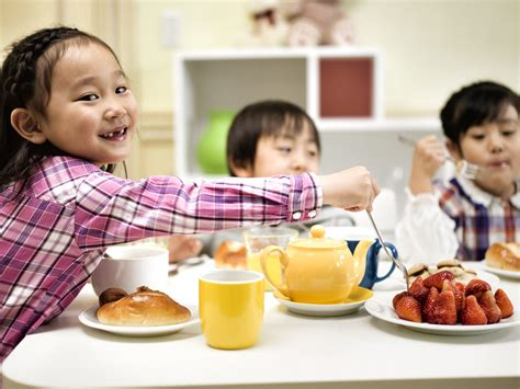 get kids to eat breakfast kids should eat breakfast archives personalized children s books