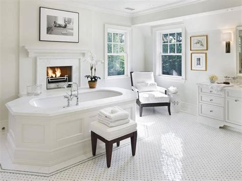 White Master Bathrooms by 34 Luxury White Master Bathroom Ideas Pictures